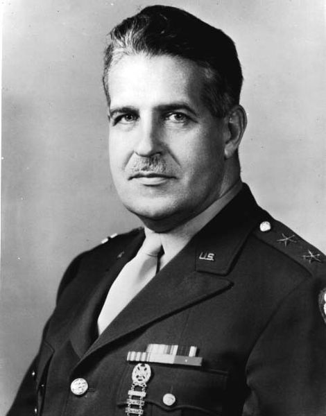 Portrait photograph of Major General Leslie Groves.