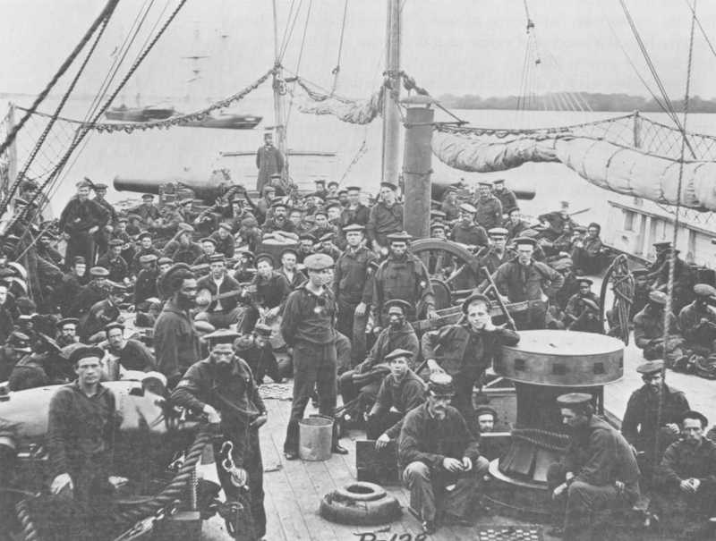 USS Miami Crew