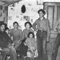 mexican migrant sugar beet pickers - one bedroom.jpeg