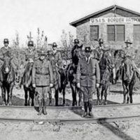 US-Immigration-Service-Border-Patrol-1927.jpg