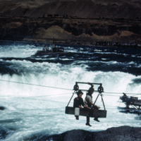 Cable car at Celilo to Fishing Islands