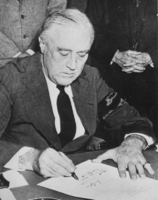 Roosevelt signing Executive Order 9066